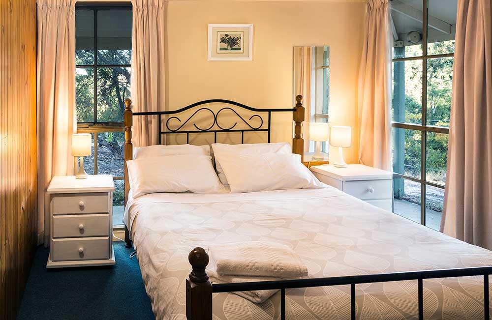 main-bed-cot-1